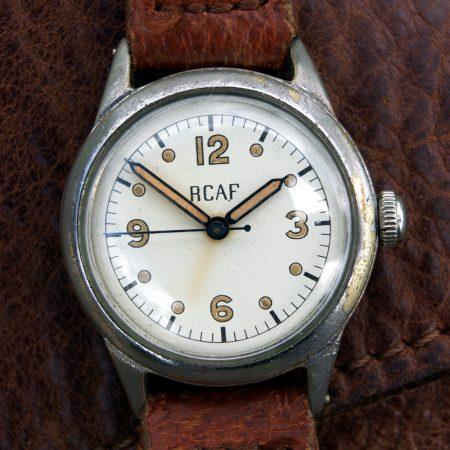 Rare-1942-RCAF-Waltham-Mlitary-Pilots-Watch