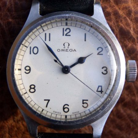 RAF-Issued-Omega-56-with-Rare-White-Dial