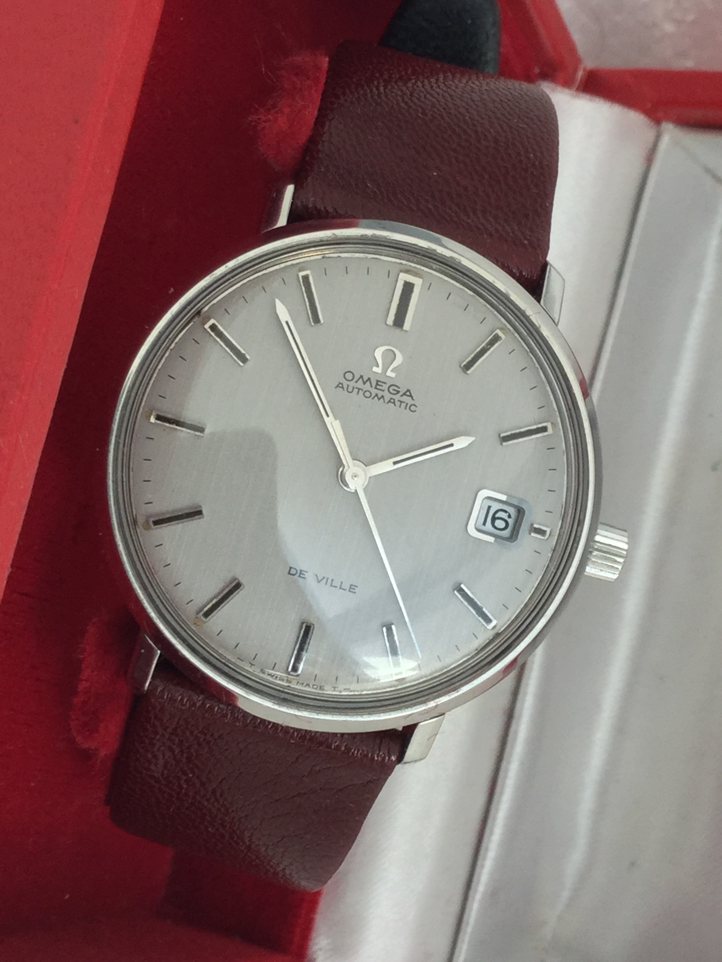 Perpetual Calendar Watch >> New Old Stock Unused 1960's Omega De Ville with Rare ...
