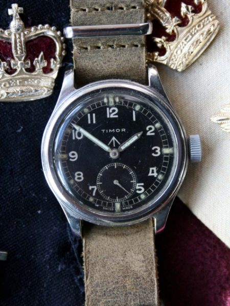 """1943 British Army Officers Watch One of the """"Dirty Dozen"""" Issued During WW2 Stainless Steel Screw-Back Case with Military Issue Markings WWW"""