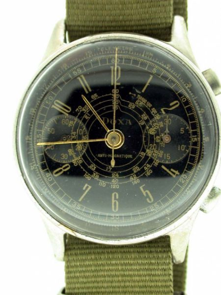 """1943 Valjoux 22 """"Anti-Magnetique"""" Military Pilot's Chronograph from WW2 with Beautiful Black """"Snail-Trail"""" Telemetric Dial. Hand Wound Movement. Fully Cleaned and Serviced."""