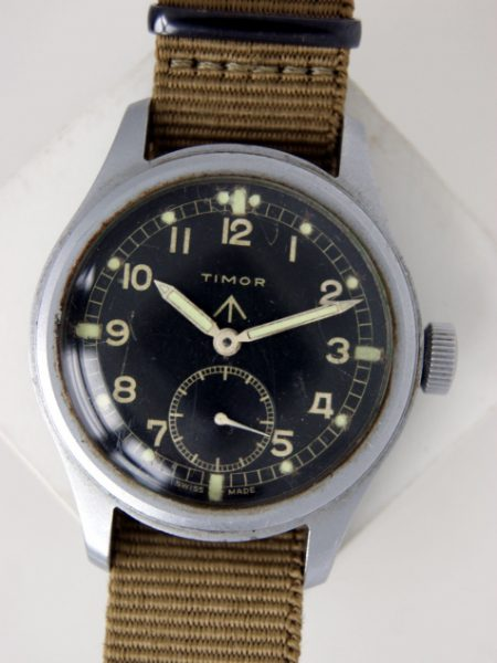 """1943 WW2 British MilitaryOfficers Watch. One of the so-called """"Dirty Dozen"""" Series of WWW watches issued during WW2. Superb Original Condition with Great MOD Dial"""