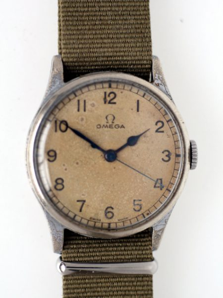 1943 WW2 R.A.F. Spitfire Pilots/Navigators Watch with Original Military Dial and Case with Rare Air Ministry Military Issue Markings on the Back