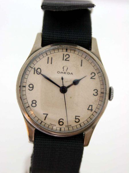 1943 WW2 RAF/Royal Navy Pilot's Watch Cal. 30T2 with Military Issue Markings on Case-Back and Decommission Papers from Omega Dated 22/11/1947 Rare with these Papers