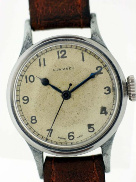 1943 WW2 Spitfire Pilot/Navigator's 6B/159 Watch with Original Dial and Hands and Blued Steel Seconds Hand with Military Markings on Case-Back and Large Crown