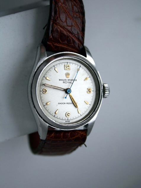 Second Hand Rolex Watches >> 1952 Oyster Royal Shock Resisting Swiss Made Dress Watch with Explorer Dial with Gorgeous ...
