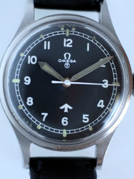 1953 RAF Pilots Watch 6B/542 with Full Military Issue Markings on Case-Back MoD Fat Arrow Tritium Dial Military Crown Fixed Bar Lugs Original Dust Cover and Spacer Ring Superb Condtion