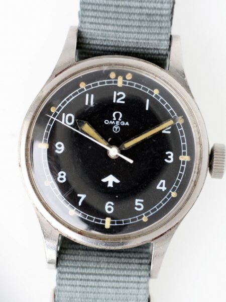 "1953 RAF Pilots Watch with Military Issue Numbers on Case-Back 6645/101000/6B/542 British MOD ""Fat Arrow"" Tritium Dial Military Crown Fixed Bar Lugs Original Dust Cover and Spacer Ring"
