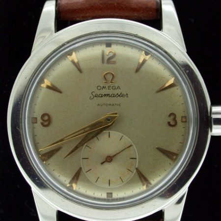 1954 Exceptional Seamaster Automatic Cal. 342. Original Omega Dial with Sub-Seconds and Arrowhead Markers. All Steel Case