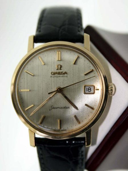 1960s Solid 18k Gold Seamaster Automatic Calendar with Seamonster Case-Back Omega Dial in Original Textured Finish Beautiful Dress Watch on New Hirsch Strap with Hirsch Buckle