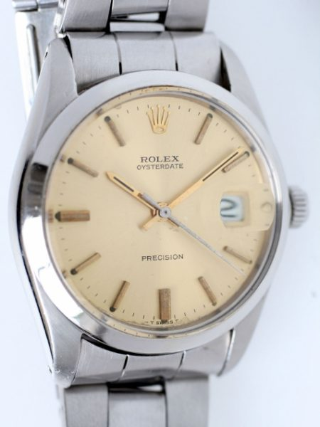 1972 Beautiful Rolex Oysterdate with Rarer Desirable Original Finish Champagne Coloured Dial. All Stainlees Steel Oyster Case Signed Rolex Ref. 6694. Original Condition