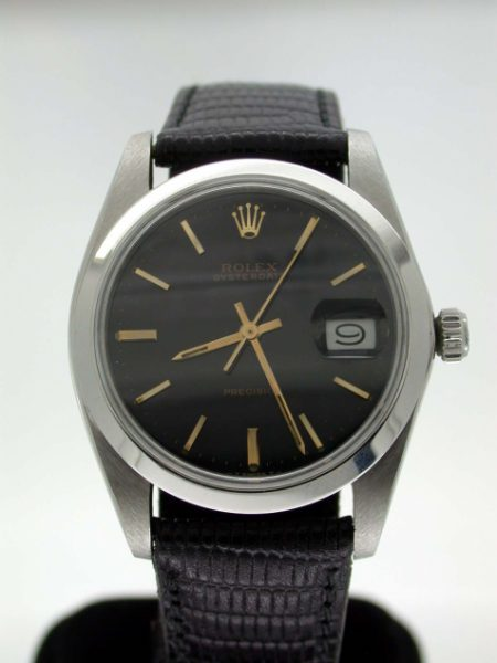 1981 Oysterdate Ref. 6694 with Gloss Black and Gilt Dial Classic Oysterdate Manual Winding in Perfect Condition!