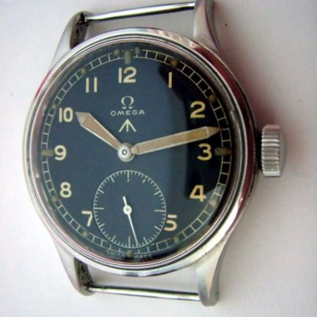 30T2 British Military Wristwatch  WW2  Issued 1943