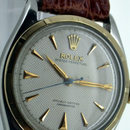 "Superb 1952 Oyster Perpetual Chronometer ""Semi-Bubbleback"" Automatic Wristwatc. Rare Original Condition White Rolex ""Waffle"" Textured Dial. Rare Original Rolex ""Super Oyster"" Signed Crown."