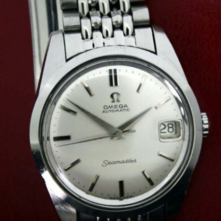 "Vintage c.1963 Seamaster Calendar Cal. 562 Automatic with Mint Orignal Dial in Large Logo Screw-Back All Steel Case Original Omega Crown on NOS All Steel Omega ""Beads of Rice"" Bracelet"