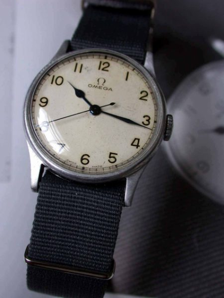 WW2 British Pilot's Military Wristwatch 6B/159 Issued in 1943. Very Hard to Find Original FAA/RAF Issued Watch