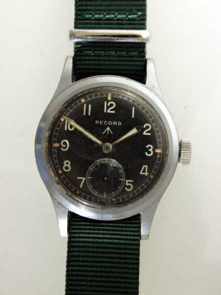 c1945 WW2 British Army Officers Watch with Military Issue Numbers W.W.W. L15338 and Broadarrow on the Case-Back and 15 Jewel Movement Cal. 022 K  A Superb Example